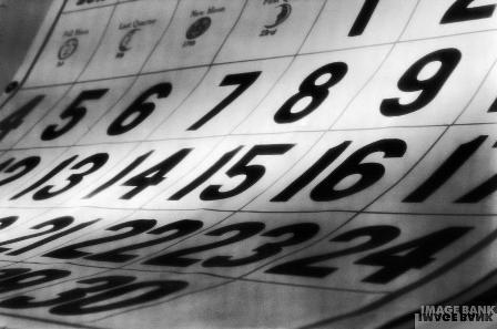 O tempo passa e o calendário continua atrapalhando...
