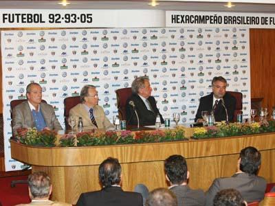 SPFC anunciou novos parceiros nesta segunda (09/02)