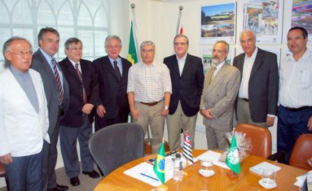 Projeto agradou os dirigentes presentes (foto: site oficial do SPFC)